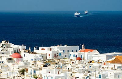 Agios Kirikos nach Piräus